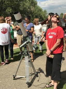 KDS Community Observes Eclipse On Campus and Off